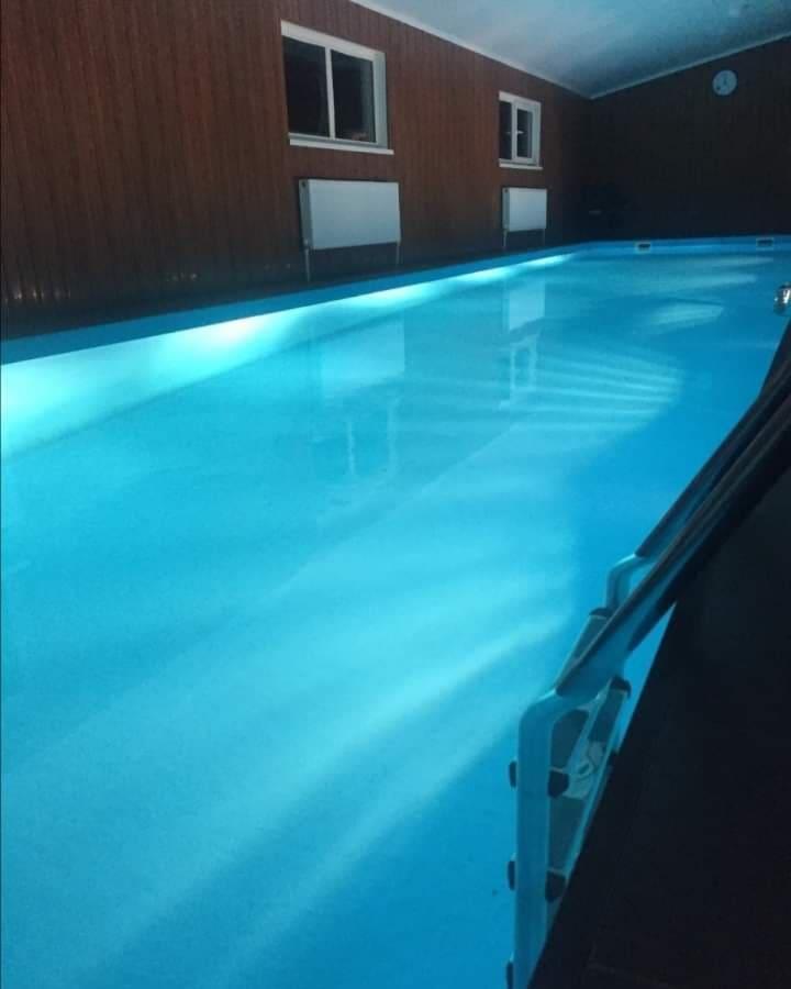 Снять баню с бассейном в Подмосковье